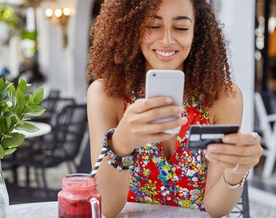 Immer mehr Geschäfte bieten die Möglichkeit zum Mobilen Bezahlen