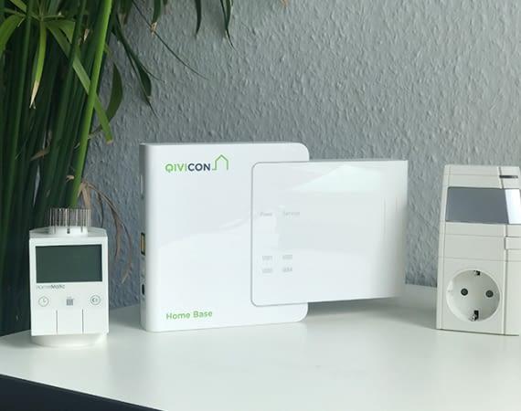 Die Qivicon Home Base im Vattenfall Smart Home mit Homematic-Komponenten