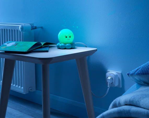 Das Nachtlicht ausschalten, ohne das Kind aufzuwecken: Der Wiser Plug macht's möglich