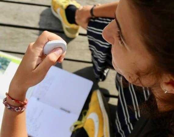 Dieses kleine Gadget hilft uns in jeder Lebenslage mit nützlichen Informationen