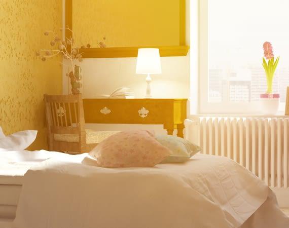 Sonnendurchflutetes Schlafzimmer