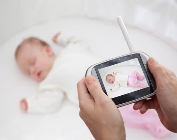 Babyphones mit Monitor haben zum Teil eine geringere Reichweite als Audiogeräte