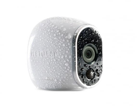 Die Arlo Überwachungskamera für Smart Homes ist wasserfest