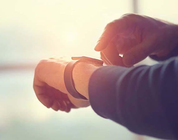 Sprachassistentin Alexa lässt ich auch zusammen mit einer Smart Watch nutzen