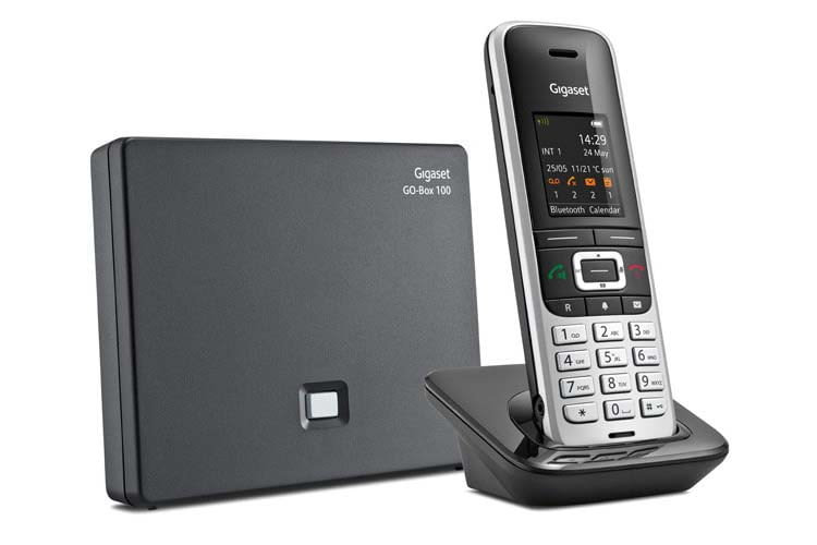 Gigaset S850A GO ist ein DECT-Telefon, dass sowohl an der TAE-Buchse wie auch am Internet-Router Anschluss findet
