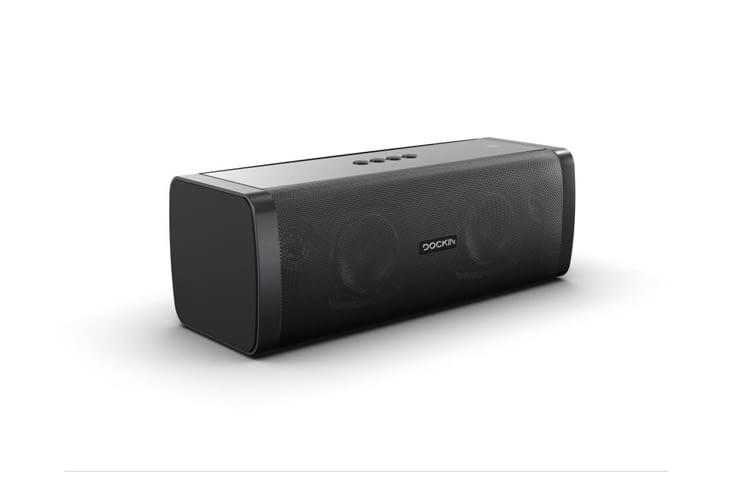 DOCKIN D FINE+ ist sogar als Outdoor-Lautsprecher nutzbar