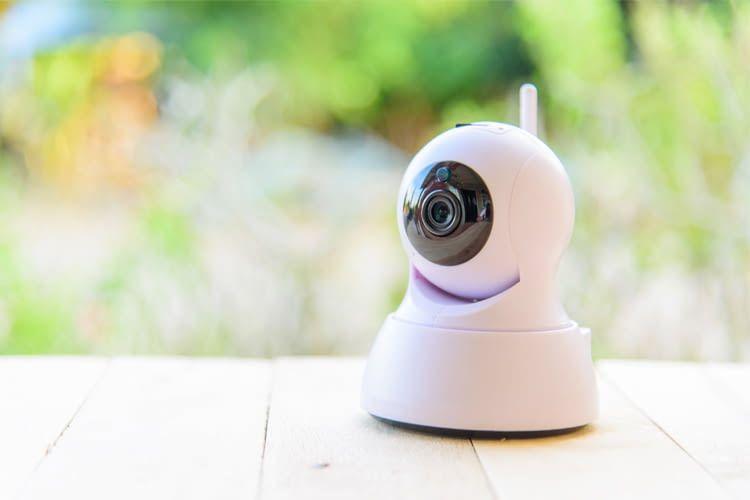 Bei WLAN-Kameras lassen sich Live-Bilder jederzeit am Tablet, PC oder Handy abrufen