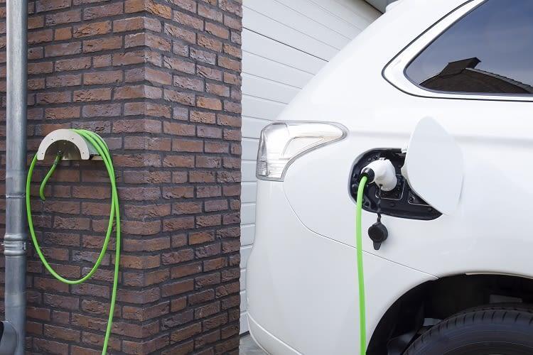 Die Wallbox in der heimischen Garage ist ein großer Vorteil des Elektroautos