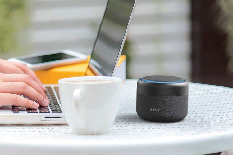 Mit dem richtigen Zubehör (hier von iBox) machen Echo Lautsprecher noch mehr Spaß