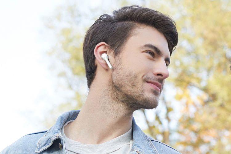 Xiaomi AirDots Pro In Ear Kopfhörer erinnern durch die Form an Apple AirPods