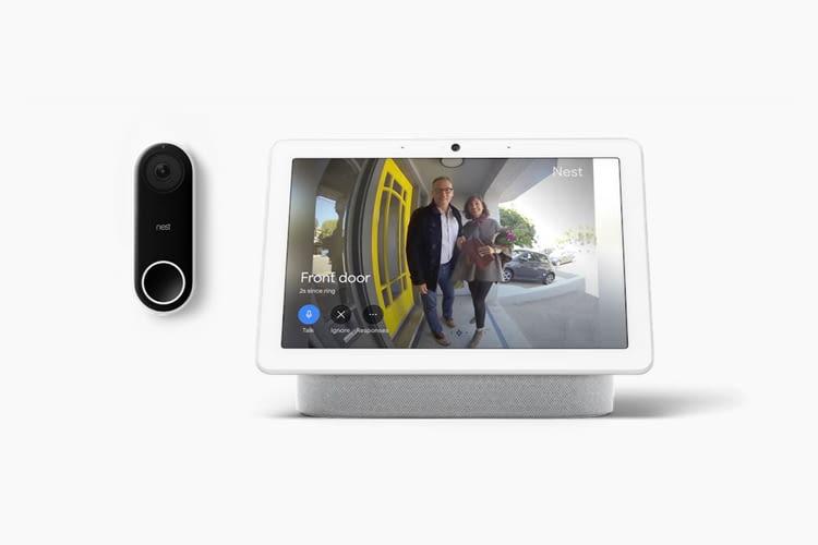 In Kombination mit einer Nest Videotürklingel zeigt Nest Hub Max wer vor der Tür steht