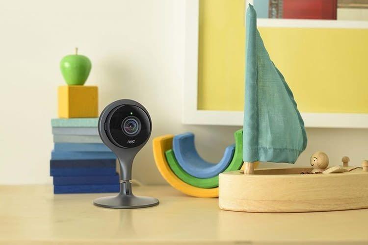 In Kombination mit einem Smartphone ist die Indoor-Kamera auch als Babycam nutzbar