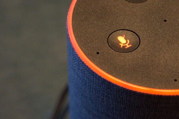 Falls Alexa nicht zuhört, ist vielleicht das Mikrofon versehentlich deaktiviert worden