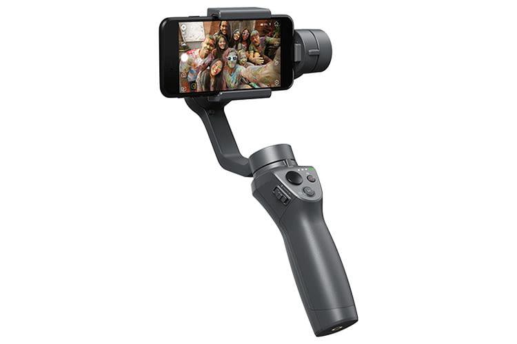 DJI Osmo Mobile 2 ist leichter Smartphone-Gimbal, der auch als Powerbank dient