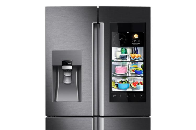 family-hub-fridge-kuehlschrank-samsung-kuehlschrank-mit-kamera-tizen