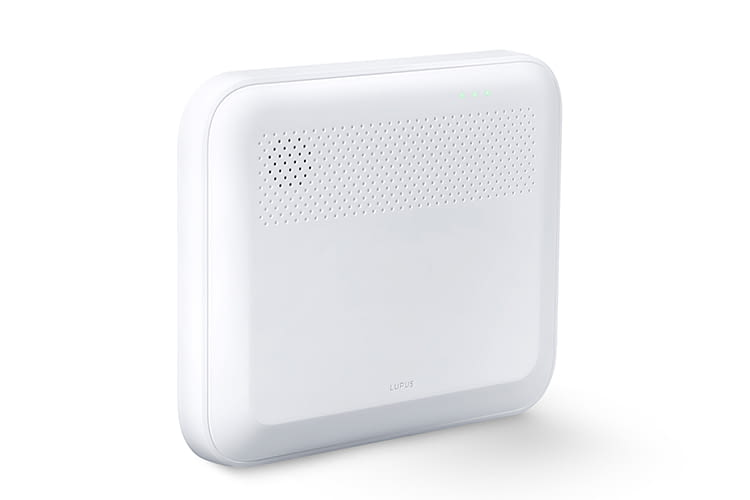 Mit einem 94 Dezibel starkem Alarmton macht die LUPUSEC XT1 Plus auf Unregelmäßigkeiten aufmerksam