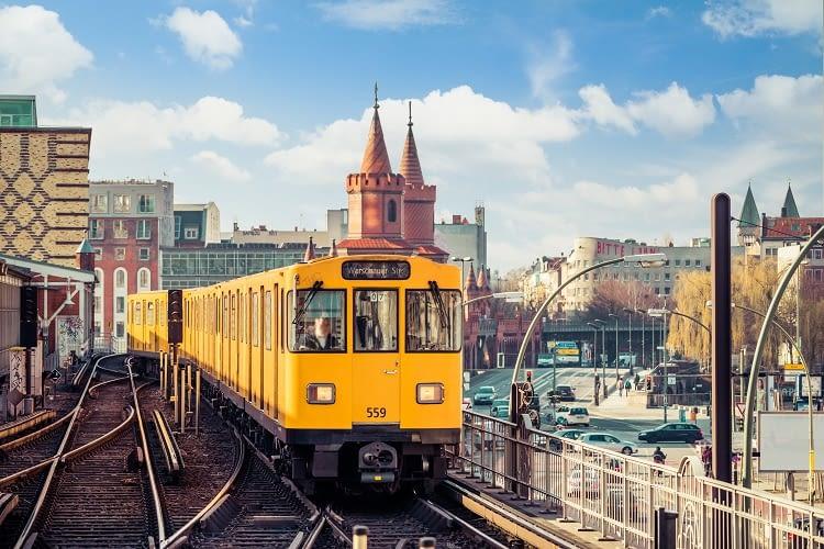 Der BVG Skill kennt alle Straßenbahnlinien in Berlin