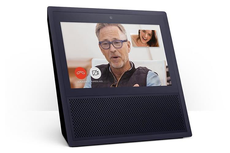 Amazon Echo Show bietet eine Videotelefonie-Funktion, die sich bequem per Sprache steuern lässt