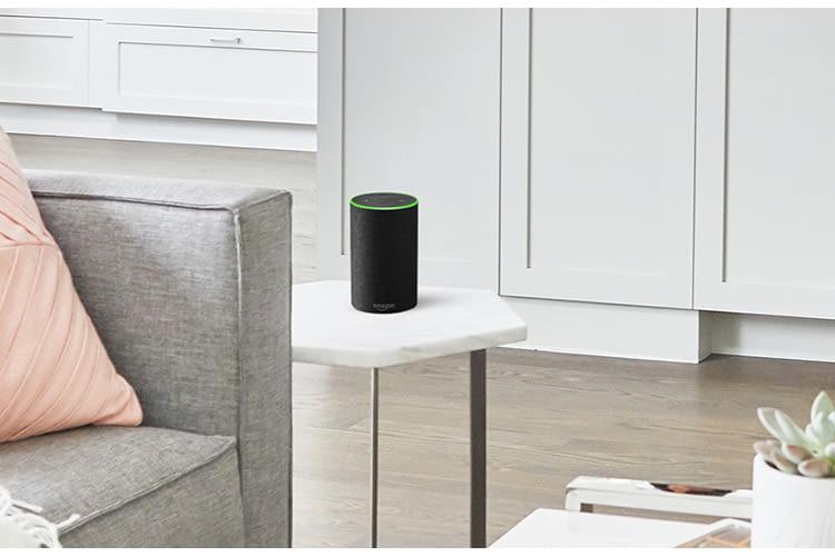 Die ersten Amazon Echo Lautsprecher waren 2014 einsatzfähig und für Prime-Mitglieder in den USA erhältlich