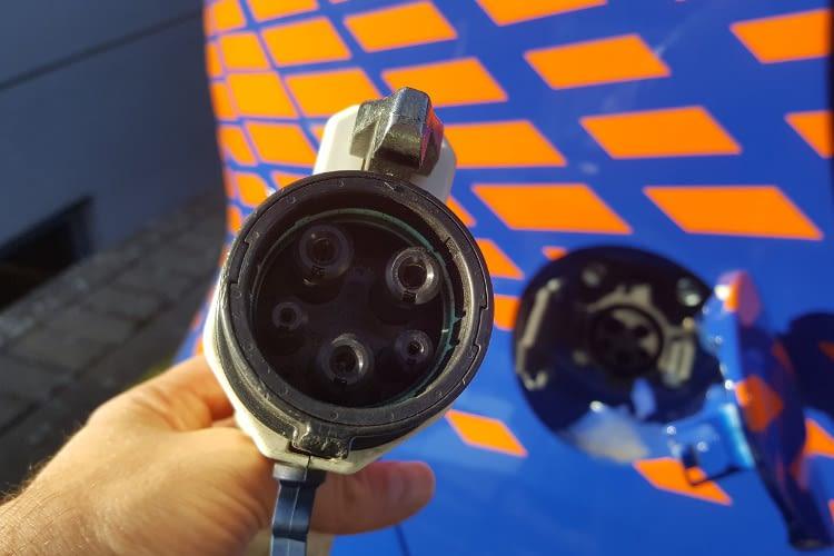 Der Typ 1 Stecker findet sich nach wie vor an Elektrofahrzeugen von asiatischen Herstellern.