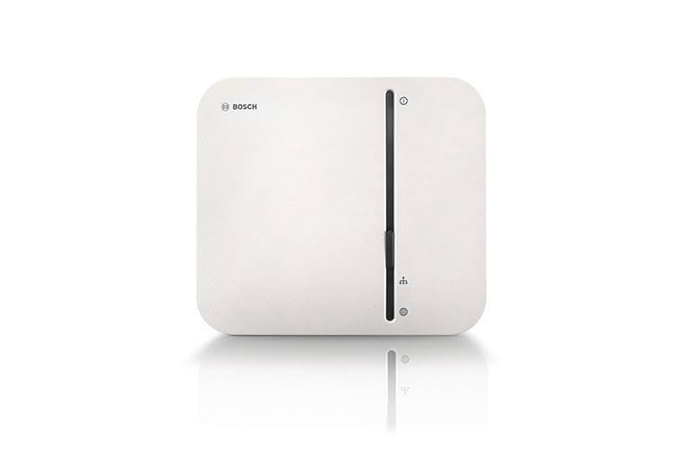 Der Bosch Smart Home Controller ist die Smart Home Zentrale des Systems, auf dem die Smart Home Daten lokal gespeichert werden