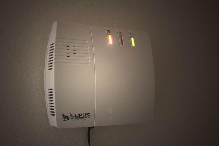 Auch nachts oder bei Stromausfall bleibt die Alarmanlage stets wachsam