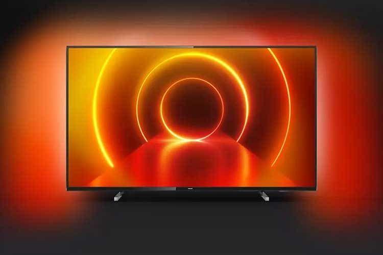 Philips Ambilight TV 55PUS7805/12 illuminiert Farben passend zum Fernsehbild an die Wand - der Ambilight-Effekt