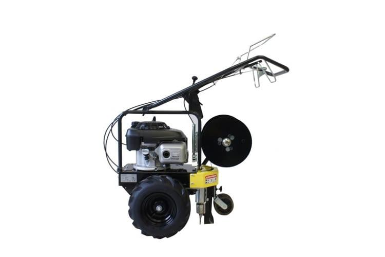 Die Kabelverlegemaschine CLH NT60 schafft zum Beispiel 36 m / min