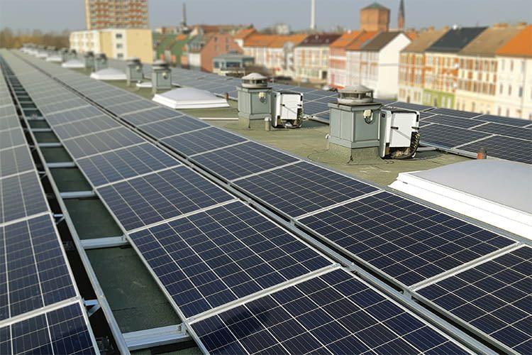 33.000 Photovoltaikanlagen könnten in deutschen Städten Platz finden
