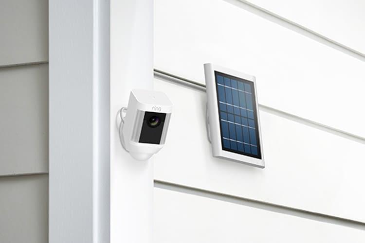 Energieautark und umweltfreundlich: Spotlight Cam Solar