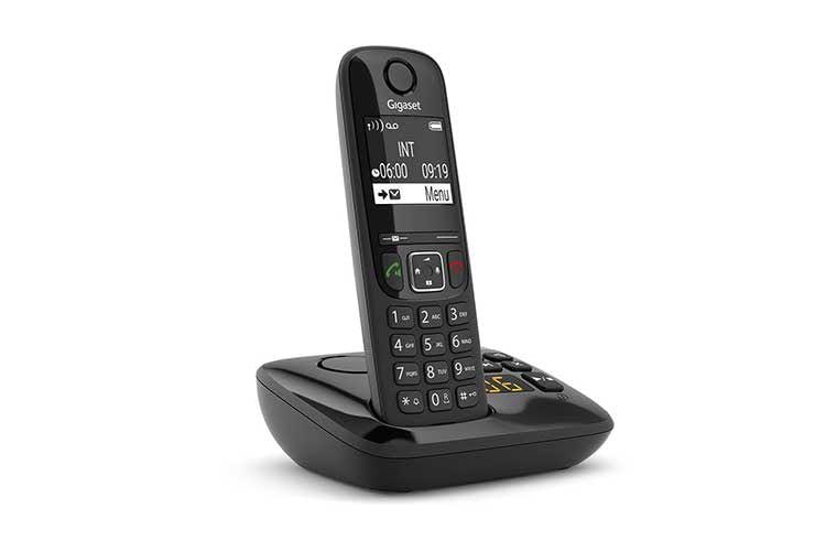 Das DECT-Telefon Gigaset AS690A kommt mit in der DECT-Basisstation integrierten Anrufbeantworter