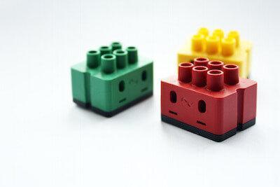 Die DigitalSTROM Lüsterklemmen sind im Lego Stil gestaltet