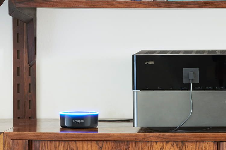 Amazon Echo Dot eignet sich für alle Smart Home-Einsteiger, die ihren Alltag erleichtern wollen