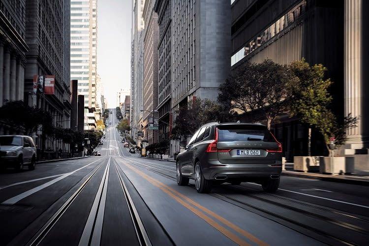 Für ein klassisches Familienauto fällt das Ladevolumen beim Volvo etwas zu gering aus