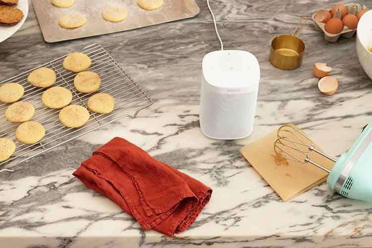 Sonos One lässt Alexa in der Küche helfen und z. B. Rezepte finden