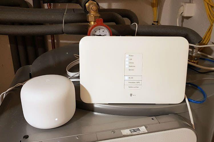 Im Test haben wir den Google Nest Wifi Router mit einem Telekom Speedport verbunden