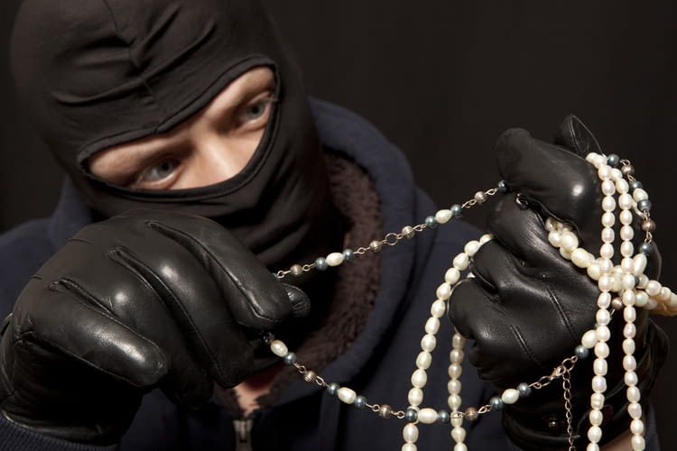 Einbrecher wissen genau, wo sie suchen müssen
