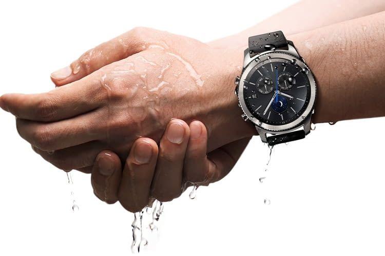 Staub- und wasserfest nach IP68 ist die Smartwatch Gear S3 classic