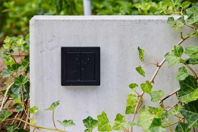 HomeKit Lichtschalter gibt es in zahlreichen Ausführungen für drinnen und draußen