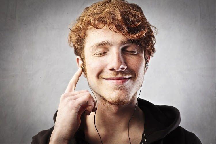 Kopfhörer sind ab sofort nicht mehr nötig, denn Google Home spielt auch Musik