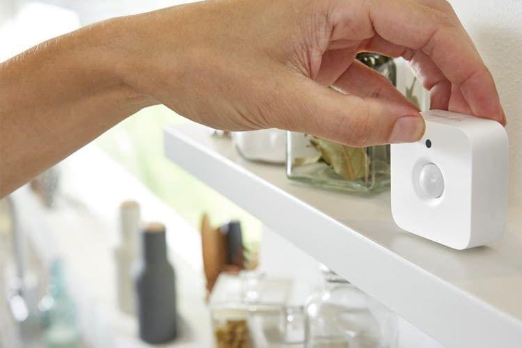 Ein kompakter Smart Home Bewegungssensor komplettiert das Philips Hue Lichtsystem