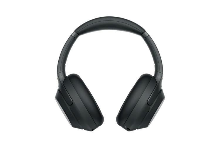 Sony WH-1000XM3 bietet eine Akkulaufzeit von bis zu maximal 30 Stunden