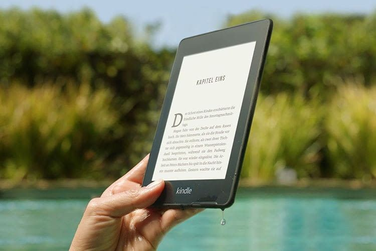 eReader Kindle Paperwhite ist entspiegelt, so dass Nutzer auch in der Sonne lesen können
