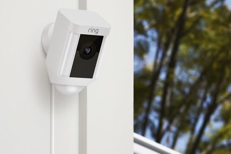 Mit Netzkabel und flexibel definierbaren Bewegungszonen: Spotlight Cam Wired