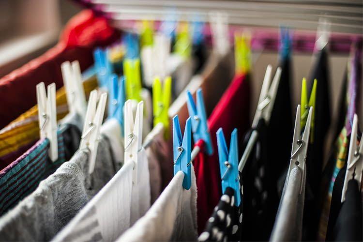 Wäsche an der Luft zu trocknen macht nur im Freien wirklich Sinn