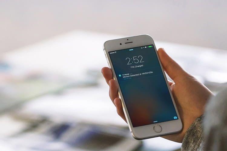 Im Alarmfall sendet die Überwachungskamera umgehend eine Pushnachricht