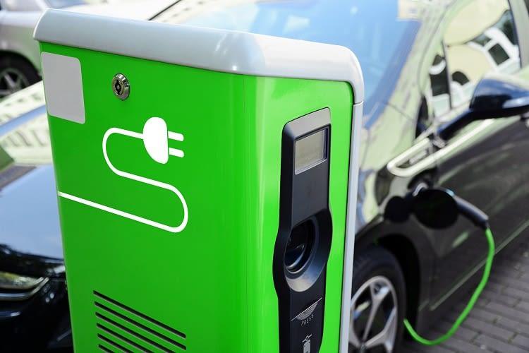Strom eines Elektroautos nachtanken soll immer unkomplizierter werden