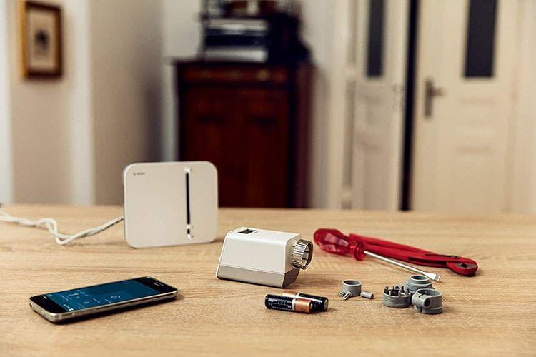 Das Bosch Smart Home Starter Set Raumklima ist einfach zu installieren