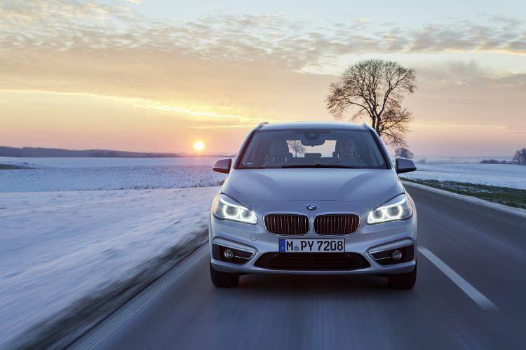 Das E-Auto von BMW mit Plug-in-Hybrid-Technologie kombiniert geschickt Vorteile des Verbrennungs- & Elektromotors