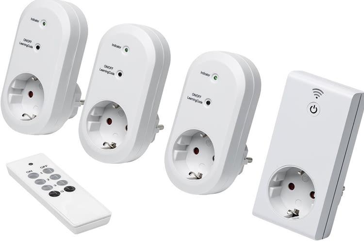 Vier Steckdosen können Nutzer des Medion Funksteckdosen-Sets per Fernbedienung ansteuern